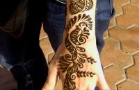 Менди -- роспись хной в Индии